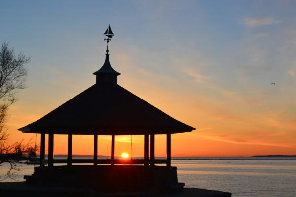 photo sunset manor larchmont