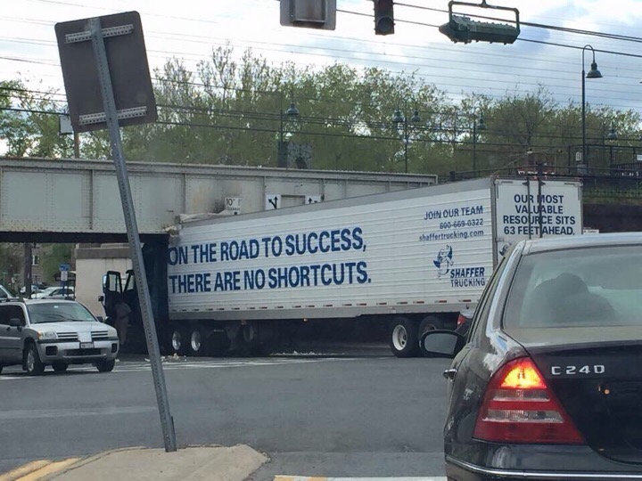 mamaroneck ave truck bridge